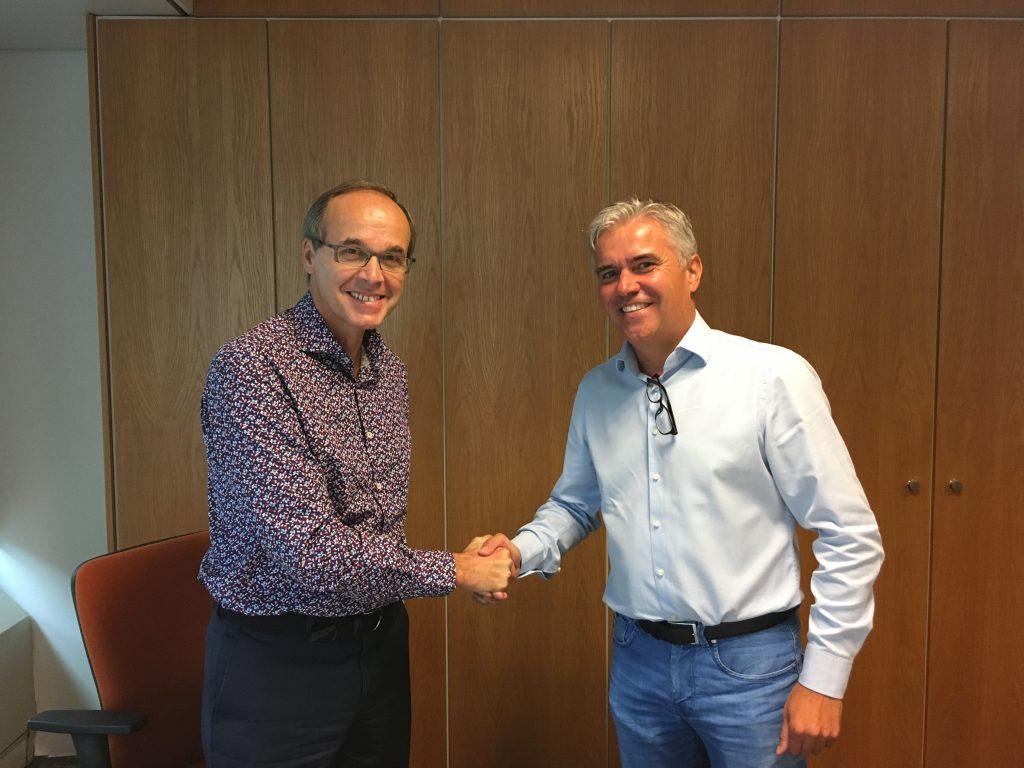 Ondertekening contract Euroscoop Schiedam